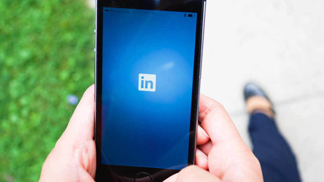 Need Help Navigating The LinkedIn Mobile App?